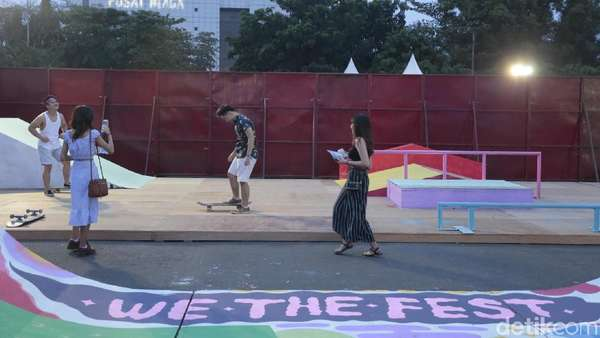Nyeni dan Main Skate di We The Fest 2018