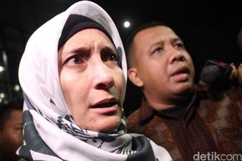 Pucat dan Berkaca-kaca, Inneke Koesherawati Tinggalkan KPK