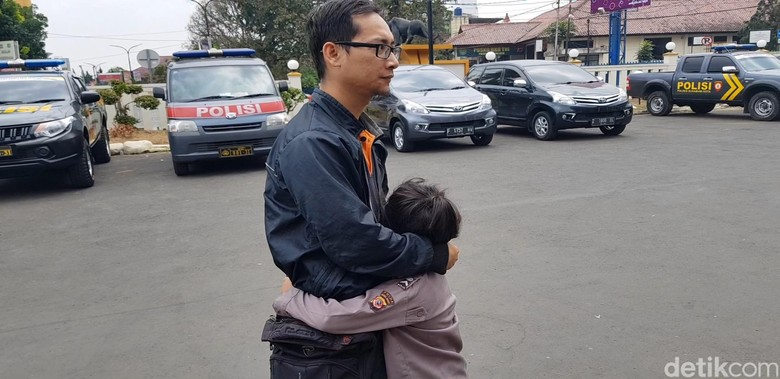 Cerita Korban Saat Anak Perempuannya Dipukul Pemuda Sukabumi
