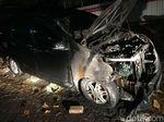 Bukan Dibakar Orang, Mobil Neno Warisman Hangus karena Korsleting