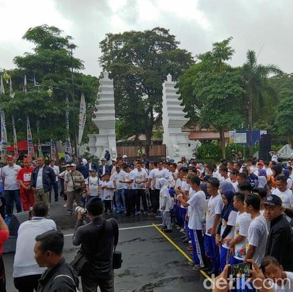 Ajak Warga Banyuwangi Funwalk Cara Angkasa Pura II Sambut Asian Games