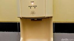 Penting! Pengering Tangan di Toilet Ternyata Sebarkan Bakteri