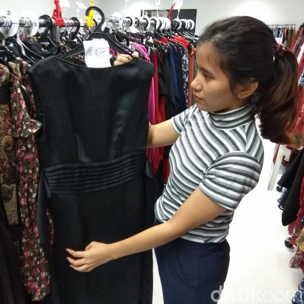 Murah Mana Sewa Baju atau Beli Baru?