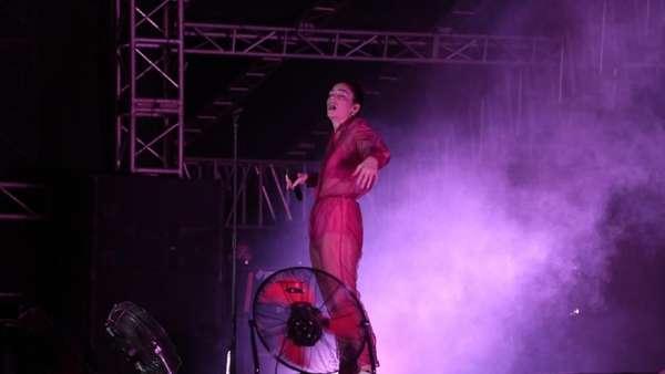 Begini Penampilan Lorde di We The Fest 2018 Semalam
