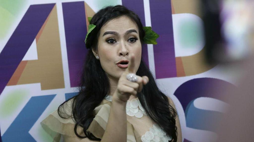 Dengar Nih! Sindiran Pedas Iis Dahlia untuk Netizen yang Suka Bully