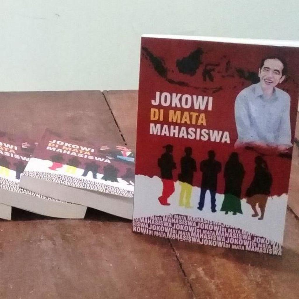Relawan Mas Jokowi Luncurkan Buku Jokowi di Mata Mahasiswa