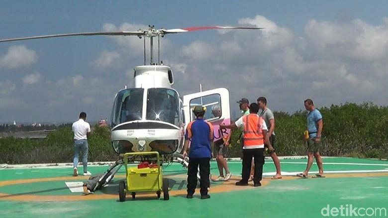 Penyeberangan Tutup, Helikopter Laris Disewa Wisatawan di Bali