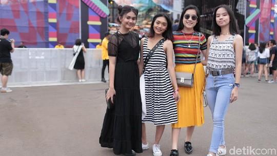 Gaya Seru dan Stylish Penonton We The Fest 2018