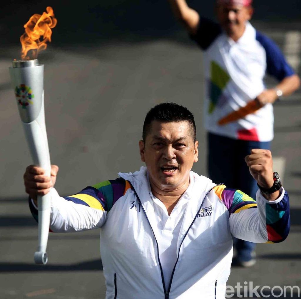Donny Kesuma Turut Meriahkan Torch Relay Banyuwangi