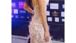 Miss Grand International 2017, Maria Jose Lora sudah pasti memiliki paras yang cantik. Tapi bukan hanya itu, ia juga macho karena hobinya olahraga muay thai.