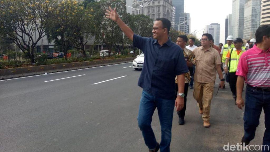 Anies Targetkan Trotoar Sudirman-Thamrin Selesai Akhir Bulan Ini
