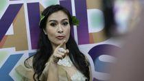 Dear Devano Danendra, Iis Dahlia Minta Dibeliin Kalung Tuh!