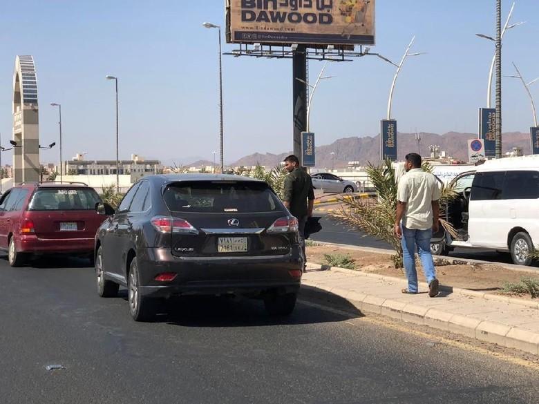 Pilot WNI Tewas Kecelakaan Tertabrak Saat Menyeberang di Madinah, KJRI Bantu Urus Pemakaman