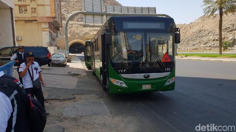 372 Bus Shalawat Siap Antar Jemput Jemaah Haji Selama di Mekah