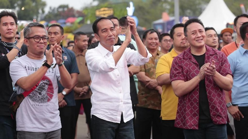 Selepas WSATCC, Jokowi Nikmati Aksi Kimokal