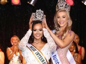 Wanita Keturunan Indonesia Jadi Finalis Miss Universe Great Britain