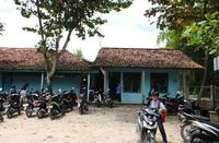 61 Sekolah di Indonesia Dapat Bantuan Renovasi Gedung