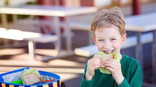 5 Tips Menyiapkan Bekal Anak Sekolah