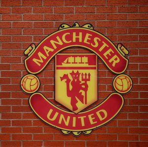 Utang Bersih Manchester United Naik Hampir Rp 2,5 T