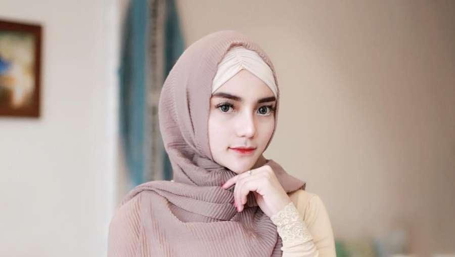 Nabila Aprillya Buka Hijab dan Seksi Lagi, Gara-gara Putus dari Atta?