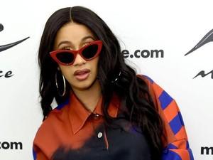Waduh! Cardi B dan Nicki Minaj Berantem di Ajang Fashion Week