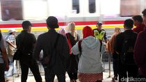 KRL Bekasi-Kota dan Bogor-Jatinegara Terhambat Pagi Ini