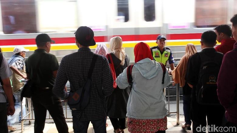 Ilustrasi kereta commuterline (Lamhot Aritonang/detikcom)