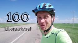 Kalau biasanya orang-orang gowes sepeda untuk olahraga sehat, Kurtis Baute melakukannya dengan tujuan tambahan lain yaitu membuktikan bahwa bumi itu bulat.