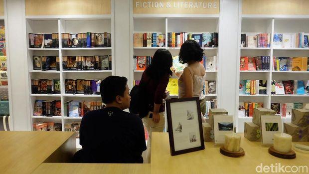 Toko Buku Aksara Kemang Kembali Buka, Apa Saja yang 'Baru'?