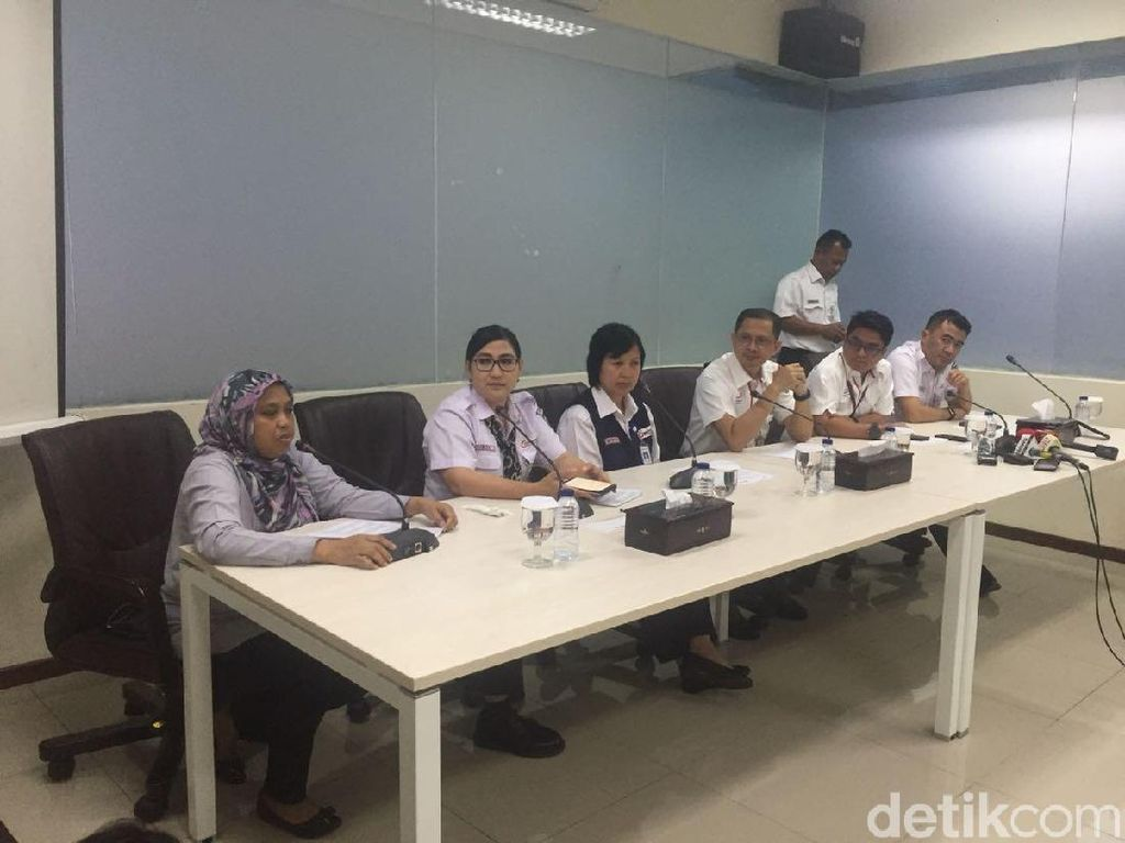 PT KCI: Kami Terpaksa Jual Tiket Kertas Rp 3.000