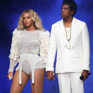 Menikah Lagi, Beyonce Pakai Gaun Pengantin Cantik Seharga Rp 200 Juta