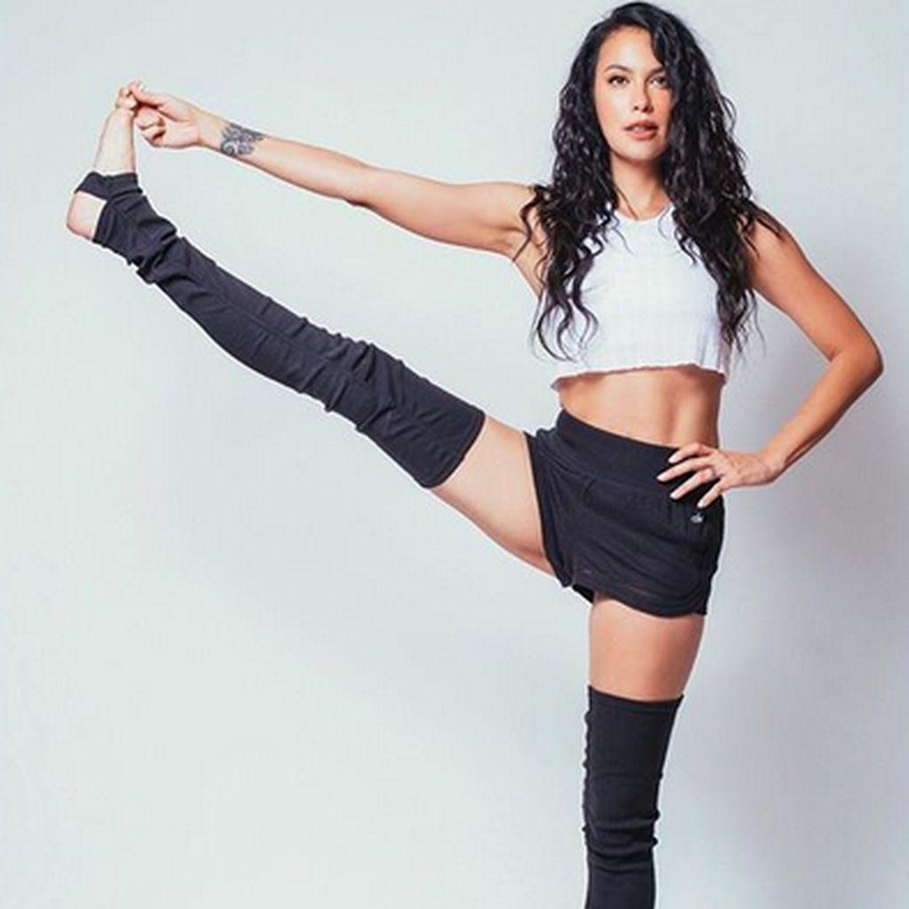 Body Goals Sophia Latjuba di Usia yang Matang