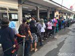 Soal Calo Tiket Kertas KRL, KCI: Pilihan Penumpang