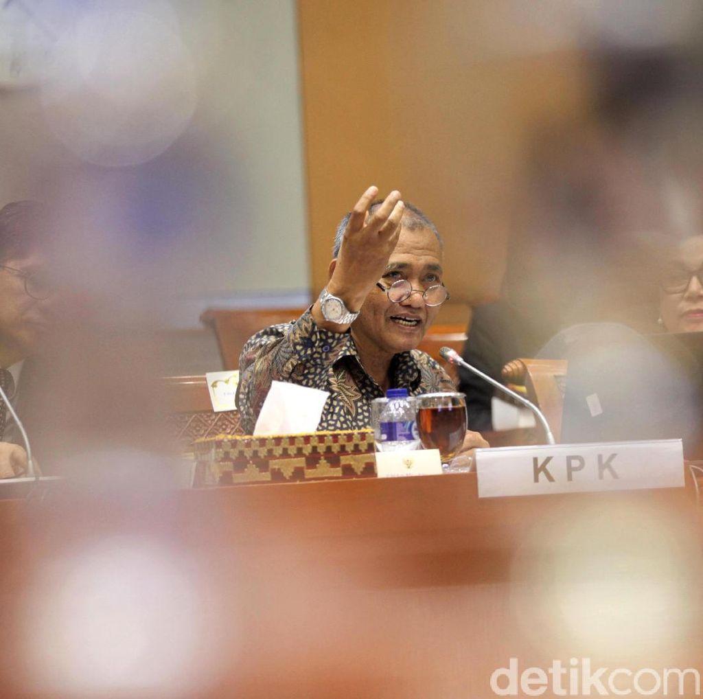 Pimpinan KPK Hadiri Raker dengan Komisi III