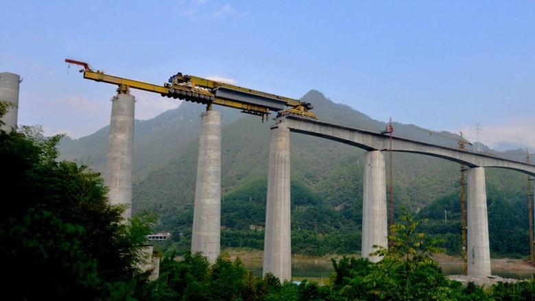 Canggihnya Mesin-mesin Raksasa China yang Hubungkan Populasi Dunia