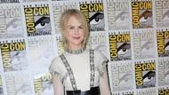Promosi Aquaman, Nicole Kidman Anggun Bergaun Dior di Comic-Con