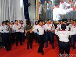 Saat Panglima TNI Nyanyi dan Joget di Acara Joy Sailing