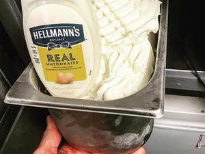 Es Krim Mayonnaise Jadi Tren Dessert Terbaru yang Kontroversial