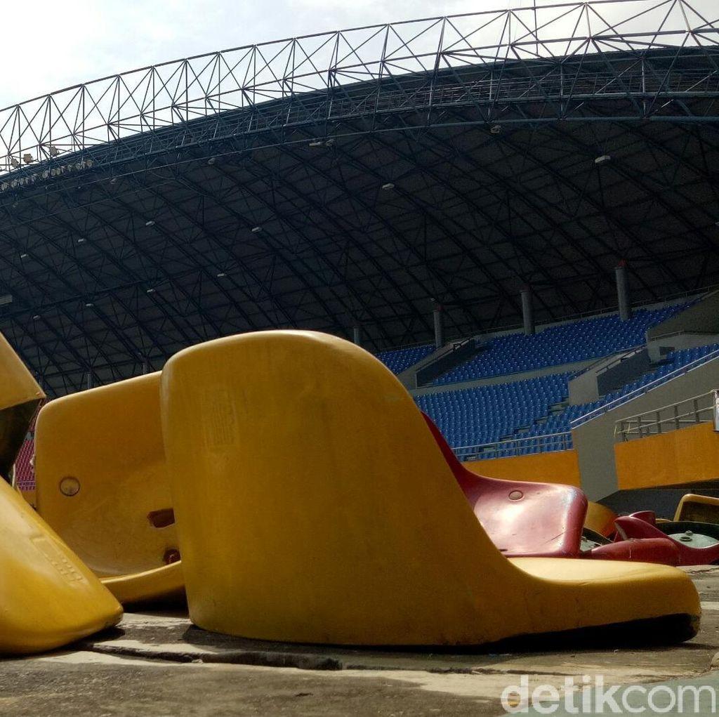 2 Remaja Ditetapkan Jadi Tersanga Perusakan Kursi Stadion Sriwijaya