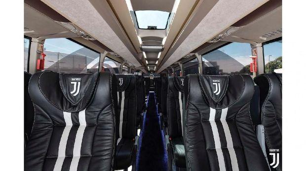 Interior bus Juventus