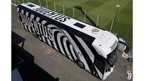 Bermotif Zebra, Bus Juventus Ini Keren Banget
