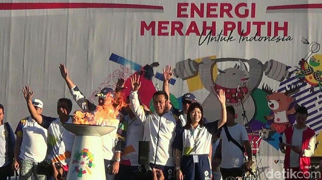 Bawa Obor Asian Games ke GWK, Menpora Minta Doa dan Dukungan untuk Para Atlet