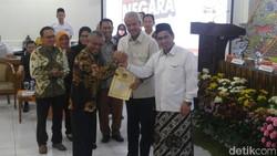 KPU Tetapkan Ganjar-Yasin sebagai Pemenang Pilgub Jateng 2018
