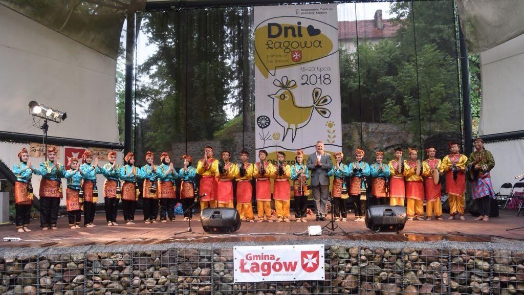 SMP dari Jakarta Sabet Juara Tari di Polandia