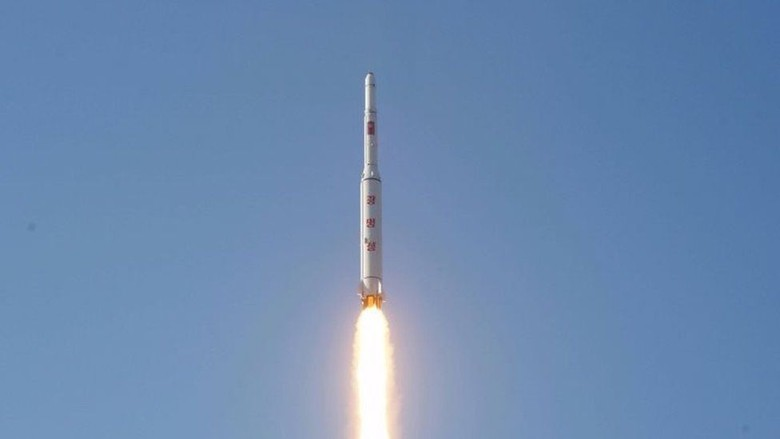 Korea Utara Mulai Bongkar Lokasi Peluncuran Roket