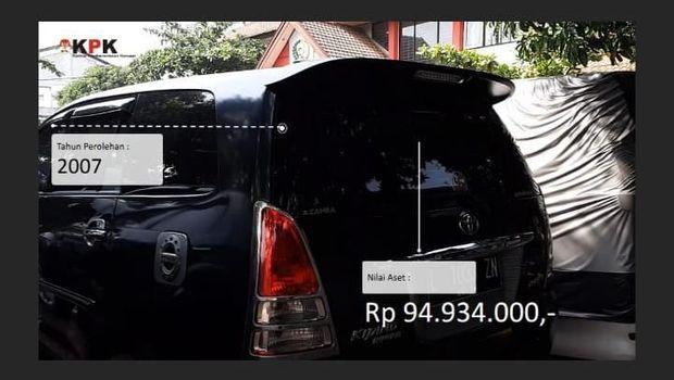 Mobil yang dirampas dari terpidana korupsi Djoko Susilo