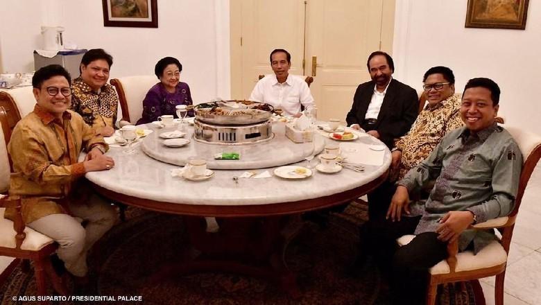 Dinner Koalisi Jokowi, Rommy: Suasana Cair dan Ada Rendang Juga