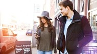 Pengguna Android VS iPhone, Mana yang Lebih Beruntung dalam Percintaan?