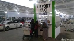 Cerita Ganjar Gagal Rasakan Naik Taksi Argo di Bandara Semarang