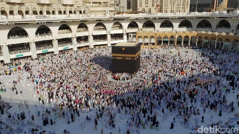 Cara Hindari Antrean Berjubel di Masjidil Haram